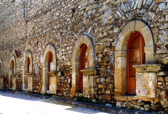 Li putieddi-(le Bottegucce) - Barrafranca (6473 clic)