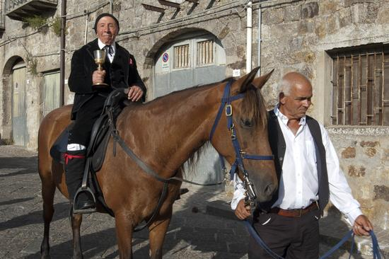 CRAVACCATA 2011 - Geraci siculo (2562 clic)