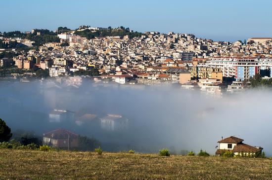 Nebbia mattutina - San cataldo (1299 clic)