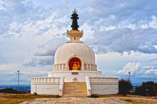 La Pagoda - COMISO - inserita il 03-Dec-14