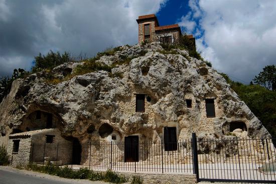 Tombe Sikane - San cataldo (3478 clic)