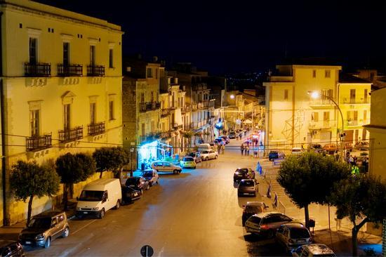Via Roma - Santa caterina villarmosa (3695 clic)