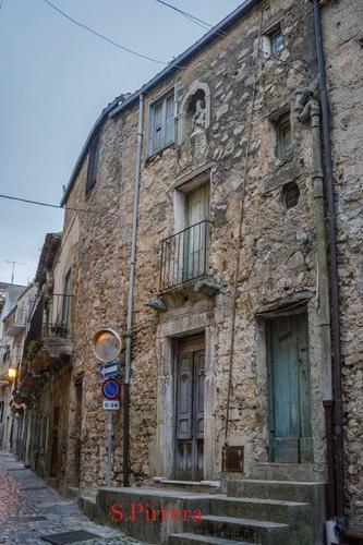 Centro storico - Caltavuturo (76 clic)