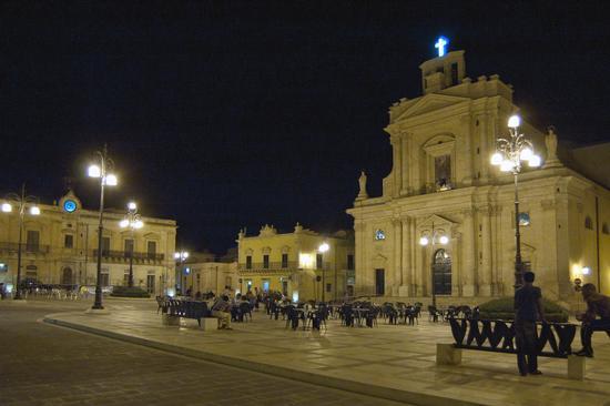 Notturno - Rosolini (4047 clic)