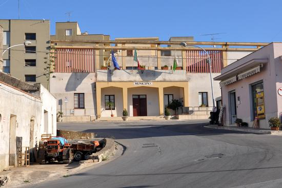 Municipio - Buseto palizzolo (2821 clic)