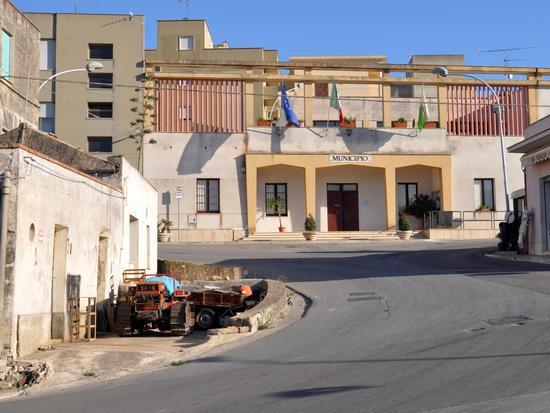 Municipio - Buseto palizzolo (1387 clic)