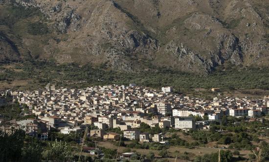 Panorama - Ventimiglia di sicilia (3084 clic)