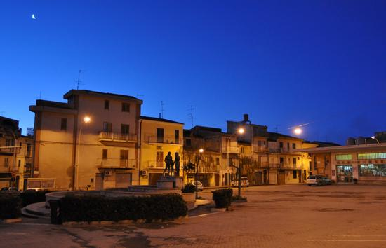 Piazza Marconi - SANTA CATERINA VILLARMOSA - inserita il 02-Feb-12