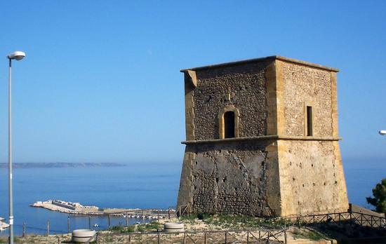 Torre di Portopalo - Menfi (5013 clic)