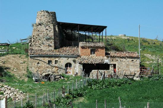 Vecchio mulino - Capizzi (4802 clic)