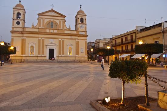 La piazza - Balestrate (2190 clic)