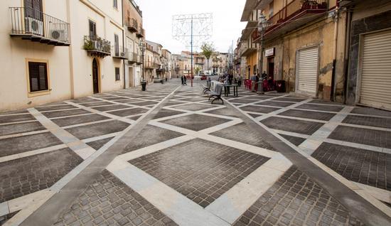 La Piazza - Sommatino (208 clic)