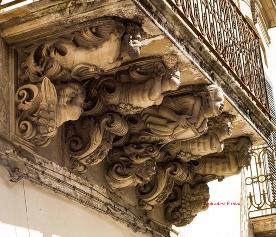 Balcone barocco - Modica (235 clic)