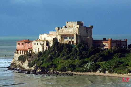 Castello di Falconara - Butera (7782 clic)