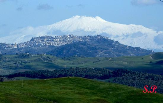 PANORAMA +MONGIBELLO - Calascibetta (4203 clic)