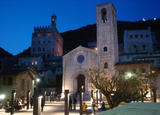 La chiesa di don Matteo - Gubbio (10393 clic)