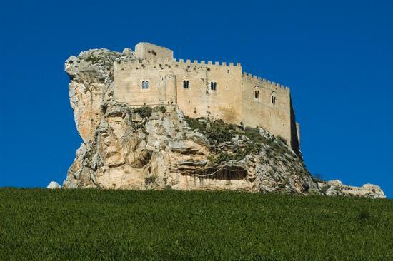 Castello chiaramontano - Mussomeli (6769 clic)