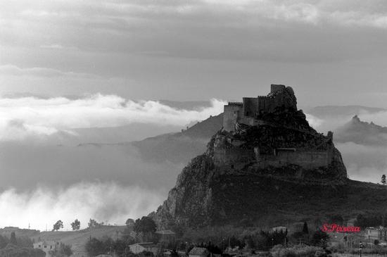 Nebbia nella valle - Mussomeli (3950 clic)