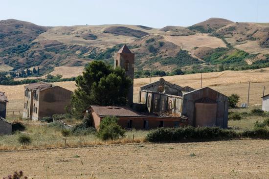 Villaggio RIENA - Prizzi (6088 clic)