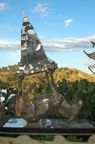 Cavallo e piramide - Savoca (3790 clic)