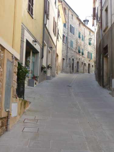 Via Marconi - Chianni (1780 clic)