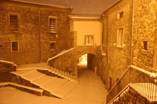 Vicidomini con la neve - San marco dei cavoti (2613 clic)