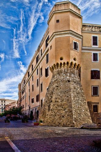 Le mura - Civitavecchia (1528 clic)