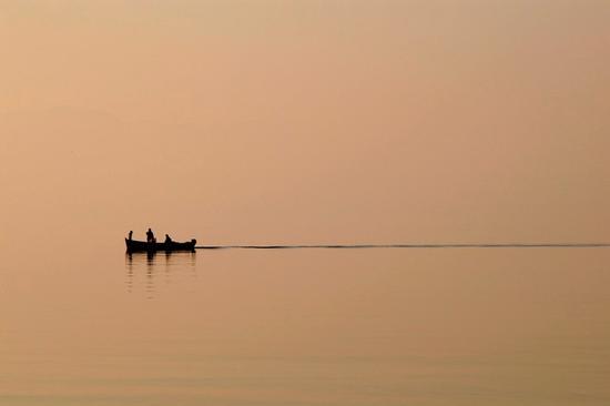 al ritorno dalla pesca - Pacengo (7683 clic)