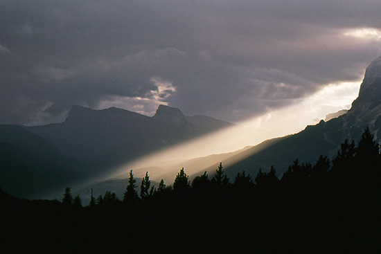 Una lama di luce - Misurina (4544 clic)