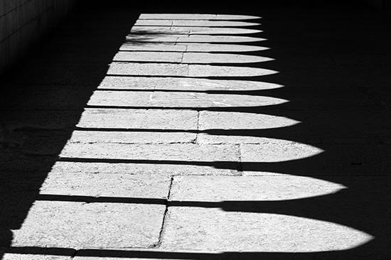 ombre nel chiostro - Verona (3291 clic)