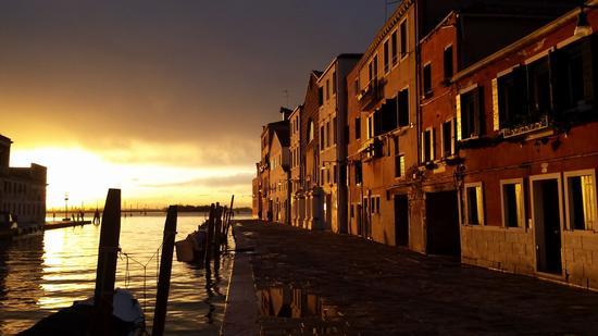 Tramonto a Venezia (280 clic)