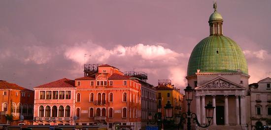 Mille colori di una  Venezia sempre affascinante. (713 clic)