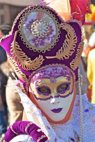 A che pensi dolce maschera!!!!!!! - Venezia (3386 clic)