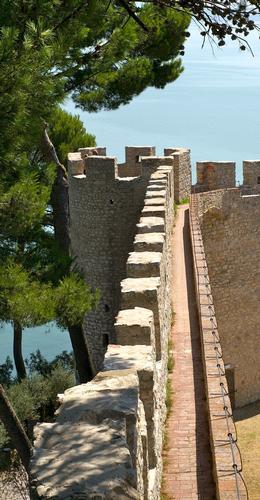castello a castiglione del lago (456 clic)