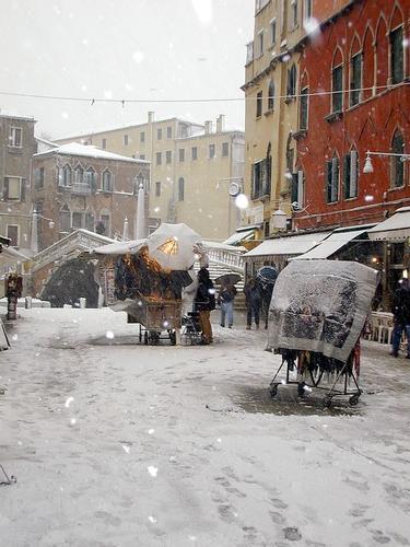 Nevicata a venezia (813 clic)
