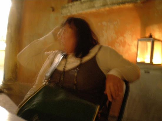 rita aspetta la sua cena - Ferrara (2184 clic)