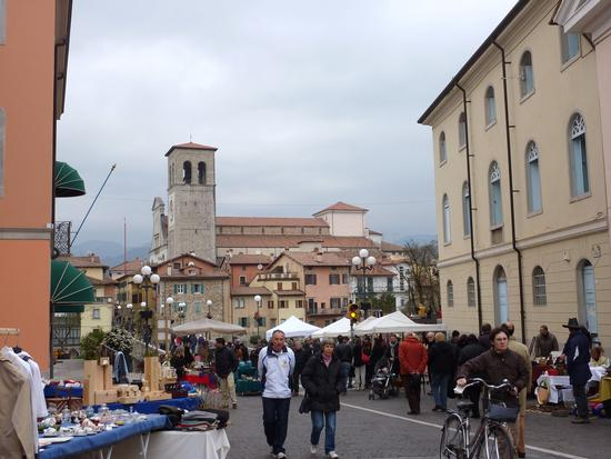 quarta domenica mercatino dell'antiquariato - Cividale del friuli (3738 clic)