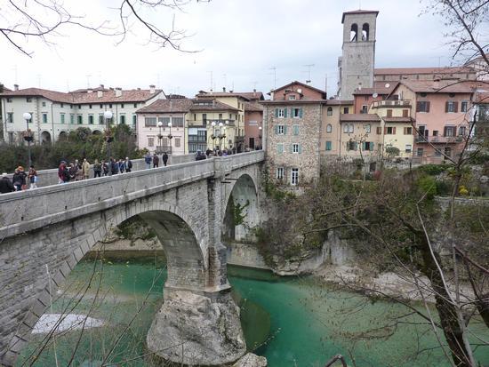 il ponte del diavolo - Cividale del friuli (4433 clic)