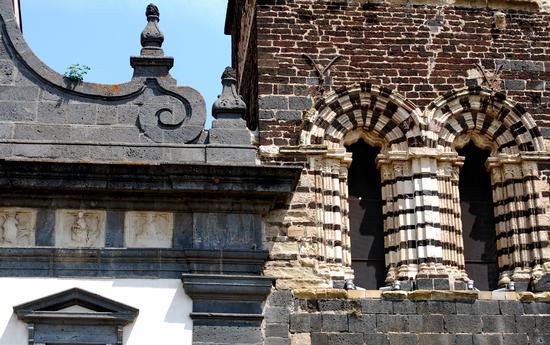 Contaminazioni di stili architettonici - Randazzo (2950 clic)