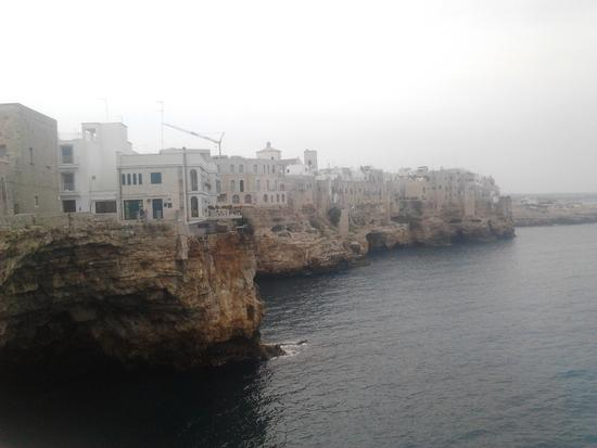 scorcio - Polignano a mare (1024 clic)