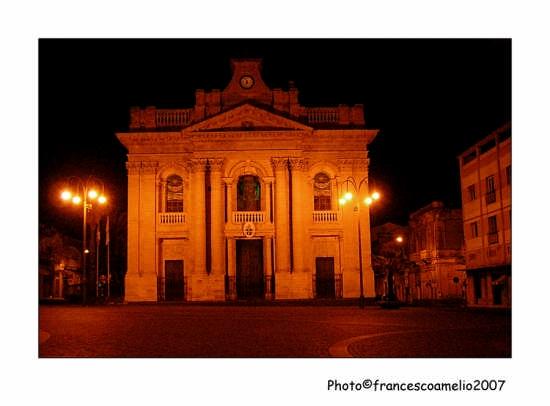 Basilica dedicata a S. Pietro - Riposto (4411 clic)
