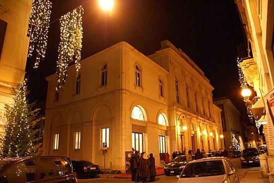 Teatro Flavio Vespasiano- Esterno - Rieti (2310 clic)