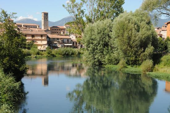 Scorcio della città lambita dal velino zona fiume dei nobili - Rieti (3490 clic)