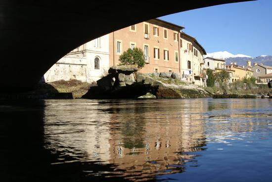 Resti dell'antico Ponte Romano sul Fiume Velino - Rieti (2881 clic)