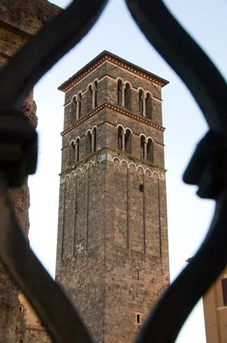 Campanile di Santa Maria (1200) - Rieti (1958 clic)