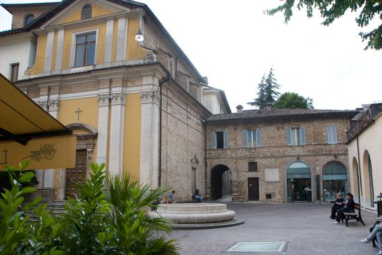 Piazza San Rufo (Centro d'Italia) - Rieti (2951 clic)
