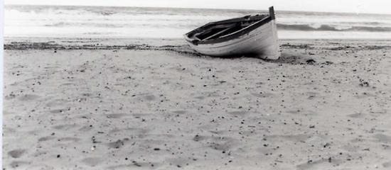 Barchetta di legno  - Alcamo marina (3615 clic)