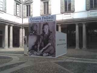 Palazzo Castelli, Piazza Borromeo, Milano - MILANO - inserita il 21-Oct-09