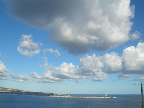 nuvole in cielo - Scilla (2511 clic)