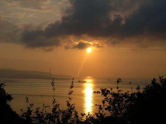 fantastico tramonto - Scilla (4239 clic)
